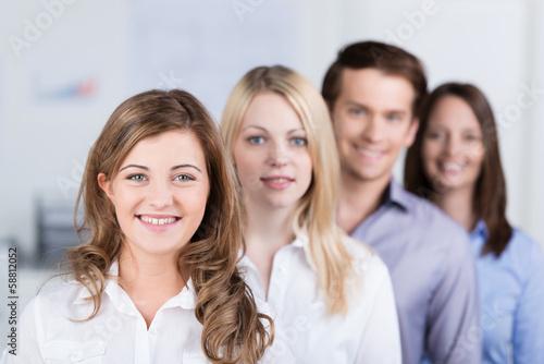 Leinwanddruck Bild ein junges team im unternehmen