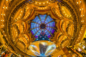 The Christmas tree at Galeries Lafayette, Paris.