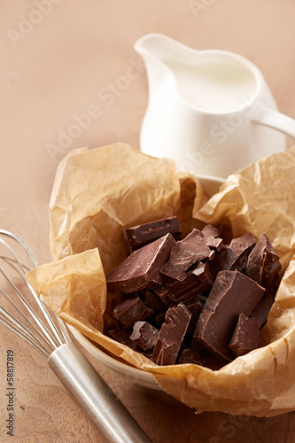 Hot chocolate with milk ingredients