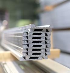 Aluminiumprofile im Stahlbau