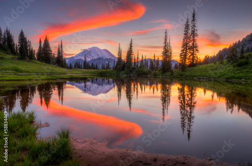 Poster Landschappen Tipsoo lake sunset