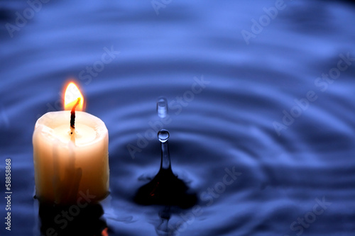 Canvas Vuur / Vlam Candle In Water
