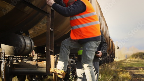Railroad workers near the tank wagons episode 3