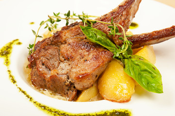 Roasted sheep meat