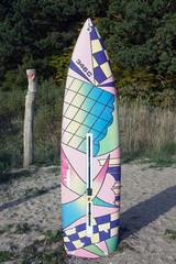 Buntes Surfbrett
