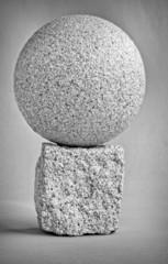 granitkugel und -würfel sw