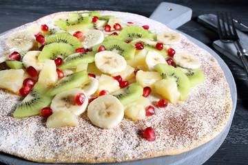 pizza bianca dolce con frutta