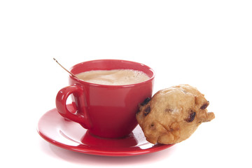 Coffee and an oliebol