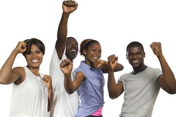 Vier afrikanische Freunde jubeln