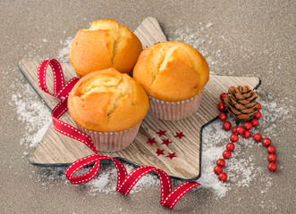 Muffins with christmas decoration