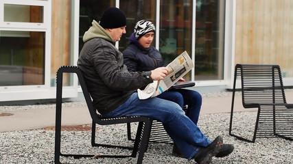 Man reading on the street episode 3