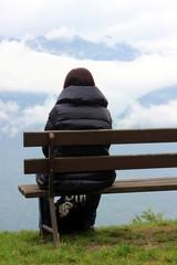 donna sulla panca