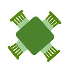 緑色の四角いテーブルと椅子