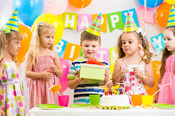group of kids at birthday party