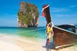île de Poda et bateau à longue queue, Thaïlande