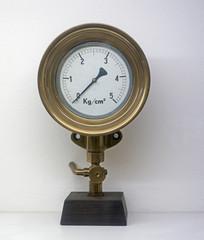 old manometer