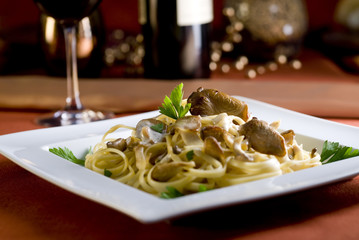linguine pasta dish with oyster mushrooms