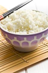 jasmine rice in ceramic bowl