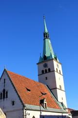 Ansicht der Stadtpfarrkirche von Voitsberg in der Steiermark
