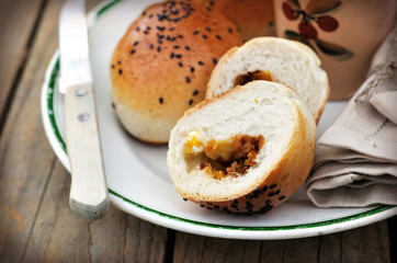 Bread rolls with pumpkin and cheese filling