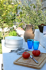 Serving setup for outdoor dining