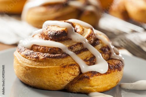 Fotobehang Brood Homemade Cinnamon Roll Pastry