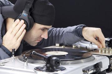 HipHop Dj am Plattenspieler Techniks Mk 2