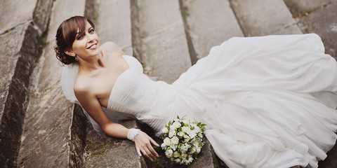 Gorgeous smiling young beautiful bride