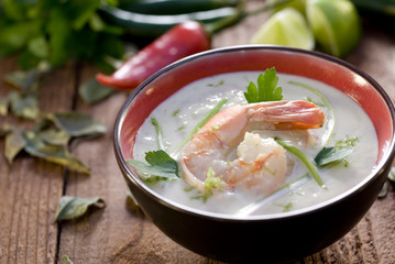 Bowl of fresh Thai green curry with shrimp.