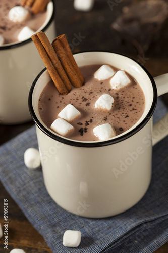 Leinwandbild Motiv Gourmet Hot Chocolate Milk