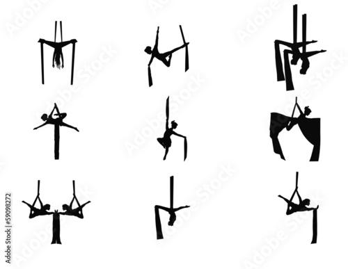 aerial dancers et in silhouette
