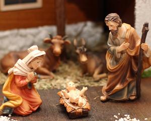 Nativity scene with Jesus, Joseph and Mary 6