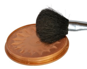 face makeup brush of actresses