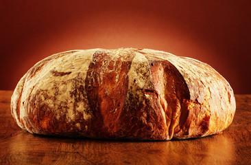 Duży bochenek chleba