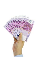 Hand hält 500-Euro-Geldscheine auf weißem Hintergrund