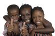 canvas print picture - Drei afrikanische Kinder halten Daumen hoch