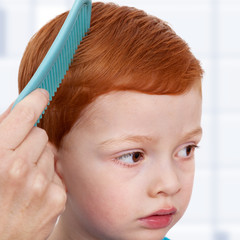 Child can be hair combs