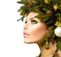 Christmas Woman. Beautiful Christmas Holiday Hairstyle