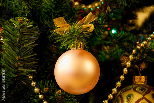 Christmas tree and ball