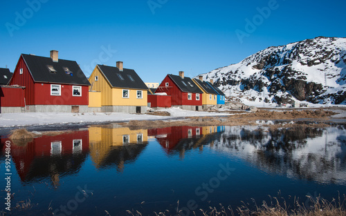 Spoed canvasdoek 2cm dik Antarctica 2 Colorful houses in Greenland