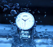 Watch Under Water Drops/Drops of water falling on watch