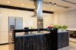 Urban apartment - Black counter in kitchen