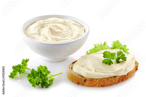 bread with cream cheese - 59261613