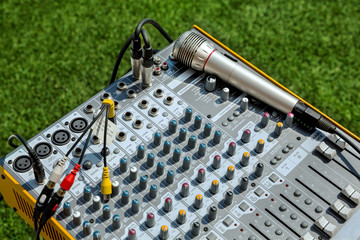Music Mixer with microphone