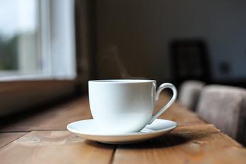 窓辺のコーヒー