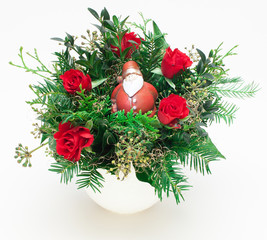 Weihnachtsstrauß mit Rosen