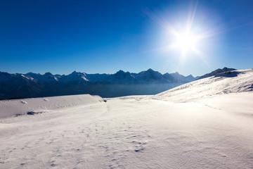 Panorama di montagna in inverno