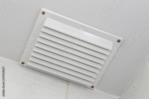 grille d'aération plafond