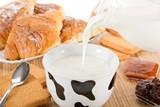 latte fresco- colazione