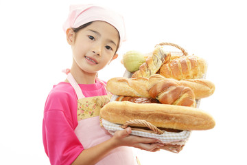 パンを焼く女の子